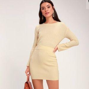 Beige knit set